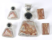 Bargain Barn set of onyx pendant and two pair earrings