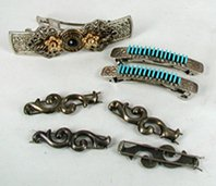 Bargain Barn  lot of barrettes