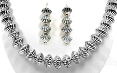 Hand Made Native American Indian Jewelry Navajo Sterling Silver Bead Necklace And Earring Sets