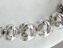 daisy a sand page metal sterling silver of white spacers beads grain