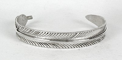 Native American Navajo Sterling Silver Feather Bracelet