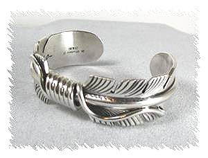 Hand Made Native American Indian Jewelry Navajo Sterling Silver Feather Bracelet