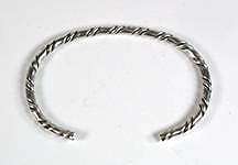 Hand made Native American Indian Jewelry; Navajo Sterling Silver feather bracelet