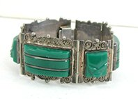 Vintage Mexican Green Onyx hinged Face or Mask bracelet 6 3/4 inch