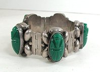 Vintage Mexican Green Onyx hinged Face or Mask bracelet 6 1/4 inch