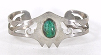 Vintage Mexican Green Onyx hinged Face or Mask bracelet 6 1/2 inch