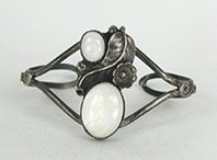 Vintage Sterling Silver and Mother of Pearl  Bracelet 6 inch